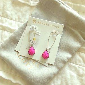 Kendra Scott dee earrings